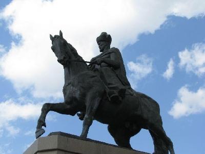 Памятник хану Кенесары