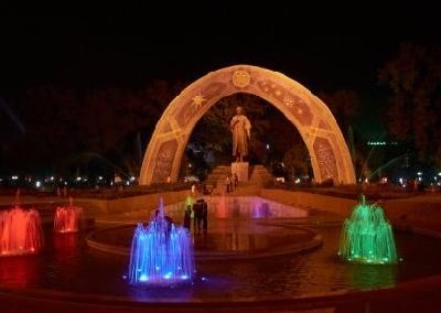 Памятник Рудаки