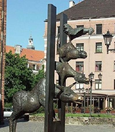 Памятник Бременские музыканты