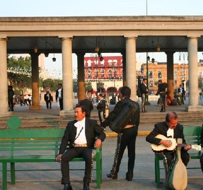 Площадь Гарибальди в Мехико