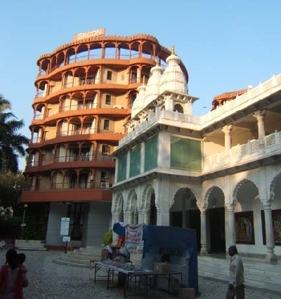 Храм Радхи-Расабихари