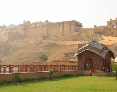 Форт Амбер и Зеркальный дворец