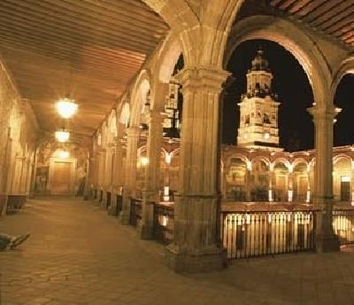 Дворец Клавихеро