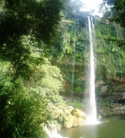 Водопад Мисоль-Ха