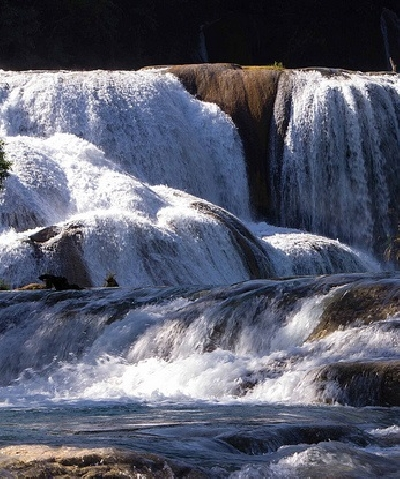 Водопад Агуа-Асуль