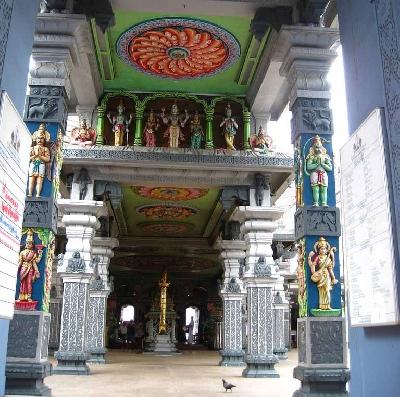 Храм Шри Веерамакалиамман