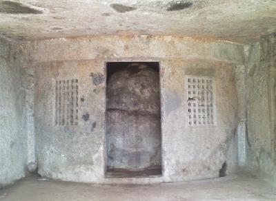Пещеры Махакали