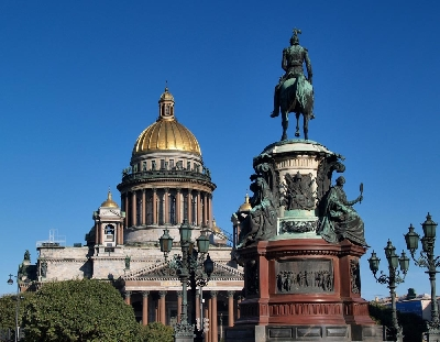 Saint Isaac's Cathedral and the Colonnade