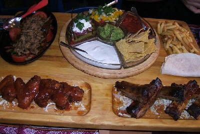 Tres Amigos на Рубинштейна, ресторан мексиканской кухни