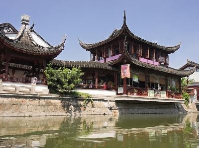 Древний город Чибао и Храм семи сокровищ