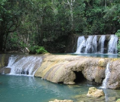 Водопады Яс Фоллс